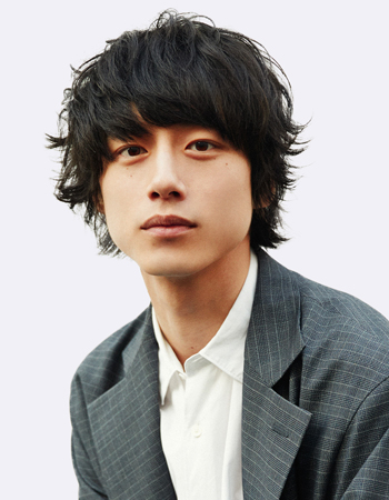 http://tristone.co.jp/actors/img/sakaguchi350.jpg